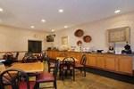 Отель Comfort Suites Brownsburg
