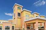 Отель La Quinta Inn & Suites Burleson