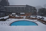 Отель Thredbo Alpine Hotel