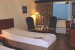 Отель Pers
