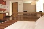 Отель Hotel bh La Quinta