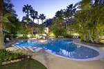 Отель Breakfree French Quarter Resort