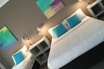 Отель Caledonian Hotel Motel
