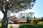 Poplars Motel