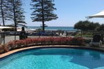 Апартаменты The Beach Retreat Coolum
