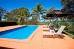 Отель Bay Waters Holiday Resort