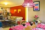 Апартаменты Crimson Villa