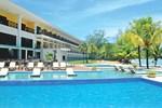 Отель Playa Tortuga Hotel and Beach Resort