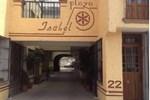 Отель Hotel Plaza Isabel