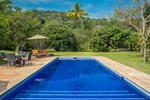 Отель Villa Azalea Inn & Organic Farm