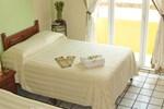Отель Hotel Bucaneros Isla Mujeres