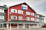 Отель Lakeview Inn & Suites