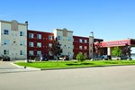 Отель Days Inn & Suites Whitecourt