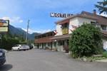 Отель Inntowne Motel