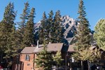 Хостел Banff International Hostel