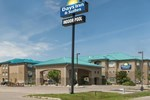 Отель Days Inn & Suites Brandon