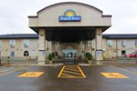 Отель Days Inn & Suites Thompson