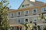 Отель Vantage Inn & Suites