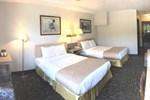 Crestwood Hotel