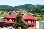 Отель Motel Laguna
