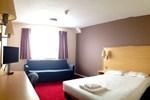 Отель Phoenix Epping Hotel