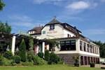 Отель Hotel & Weingut Pölicher Held