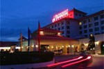 Отель Waterfront Airport Hotel & Casino