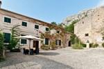 Отель Les Cases Velles De Formentor