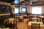 Гостевой дом Hostal Plaza (Bar-Restaurante)