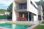 Holiday home Av de Tilers