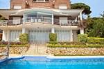 Вилла Villa Arenys de Munt