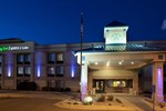 Отель Holiday Inn Express Hotel & Suites COLBY