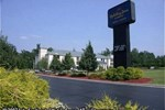 Отель Holiday Inn Express Charlotte Belmont Airport