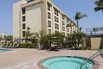 Отель Comfort Inn & Suites Anaheim