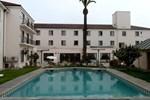 Отель Hotel Francisco De Aguirre