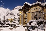 Отель Hotel Bouton d'Or - Courmayeur