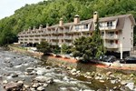 Отель Days Inn Gatlinburg On The River