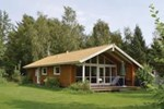 Отель Holiday home Lindevangen