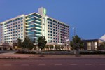 Отель Embassy Suites Hampton Roads - Hotel, Spa and Convention Center