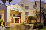 Отель Fairfield Inn and Suites by Marriott Tampa Brandon