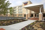 Отель Fairfield Inn & Suites by Marriott Cleveland Beachwood
