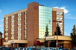 Отель The Glenmore Inn & Convention Centre