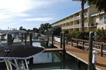 Отель Treasure Bay Hotel & Marina