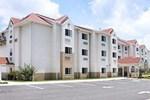 Отель Microtel Inn & Suites Brooksville