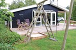 Апартаменты Holiday home Birkevænget Knebel
