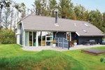 Отель Holiday home Helmklit Ulfborg Denm
