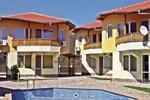 Апартаменты Holiday home Balchik Zona Karvuna
