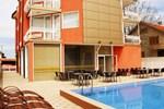 Отель Hotel Via Lacus