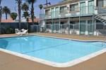 Отель Motel 6 Canoga Park
