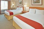 Отель Holiday Inn Express Hotel & Suites Vernon